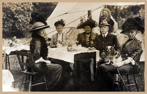 Outdoor Edwardian Picnic